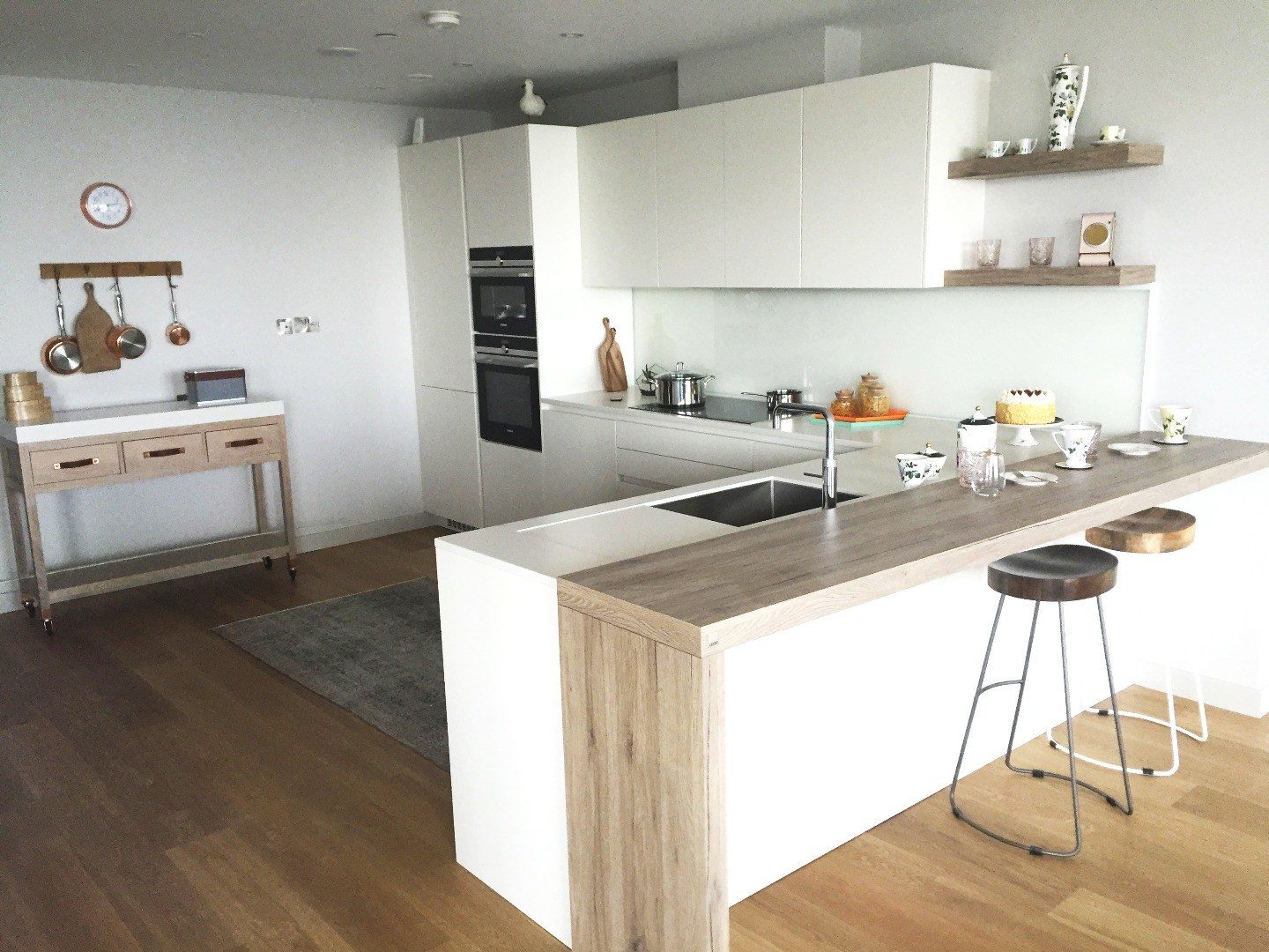 bespoke kitchen projects - the leicht kitchen design centre